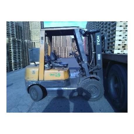 Tcm FD25Z5 2500kg 4300mm