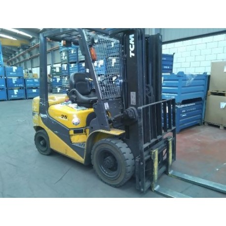 Tcm FD25T6 H ( serie J ) 2500kg 4500mm